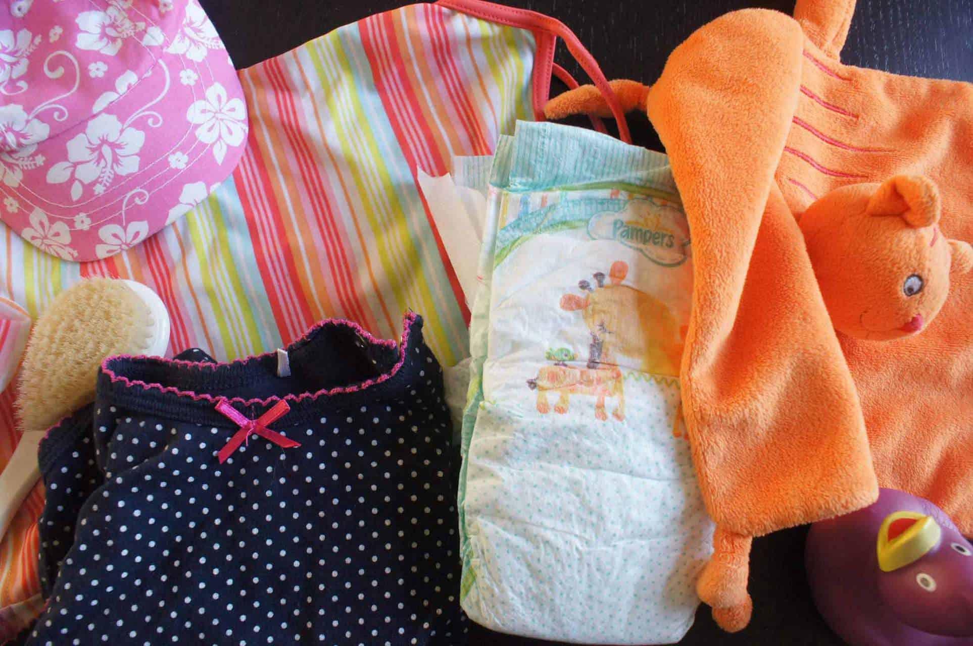 ce32f10336c De paklijst vakantie baby - Gezin op Reis