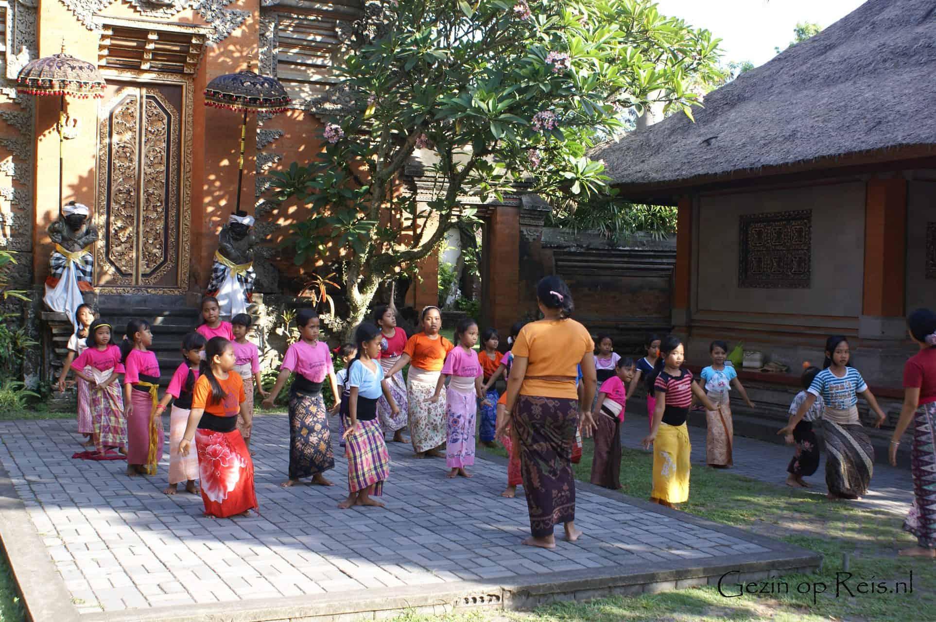 Indonesie_dansles