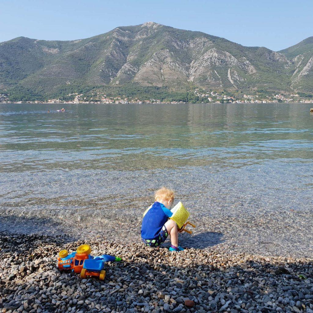 Dobrota, kindvriendelijk strand