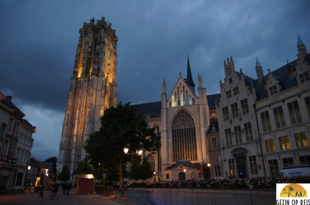 Mechelen by night