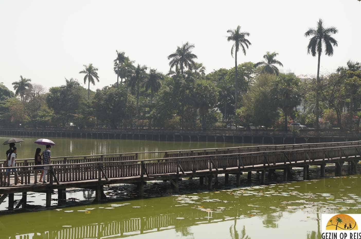 Kandawgyi meer yangon