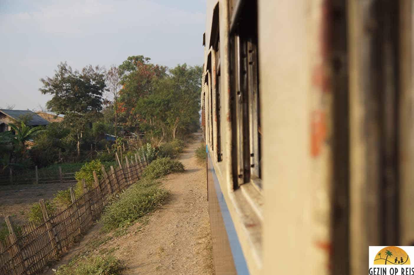 trein kalaw myanmar