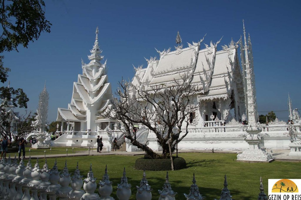 witte tempel chiang mai thailand