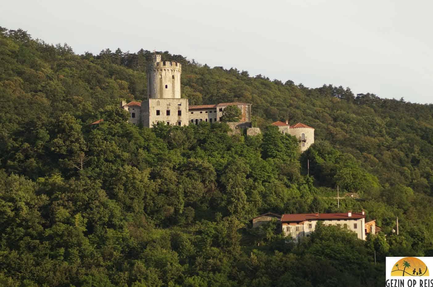 branik kasteel slovenie