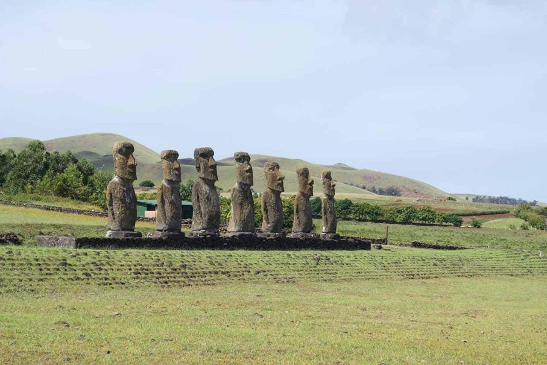 Gezin op reis-Paaseiland