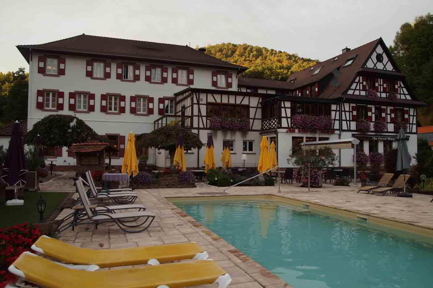 kindvriendelijk hotel vogezen zwembad