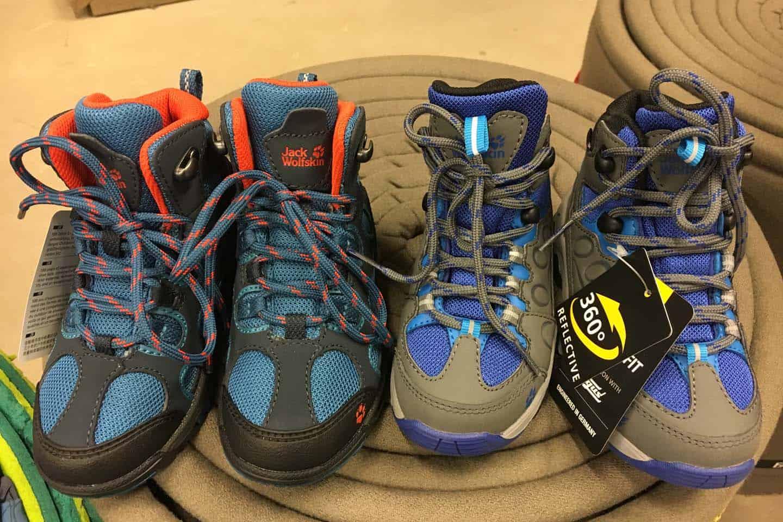 b4d1b364281 Tips voor het kopen van wandelschoenen voor kinderen - Gezin op Reis