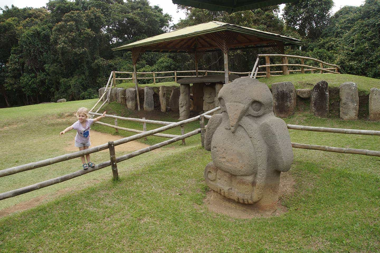 San Augustin colombia archeoligsch park beelden