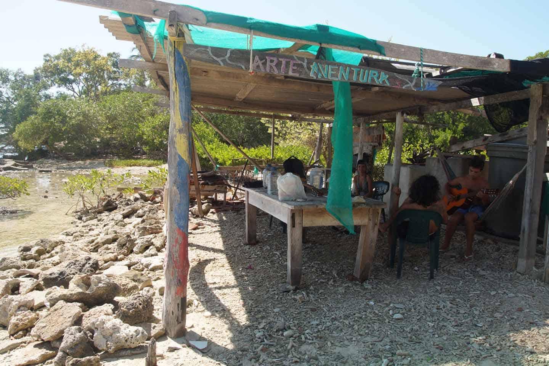 rosario eilanden ecohotel art yaventure
