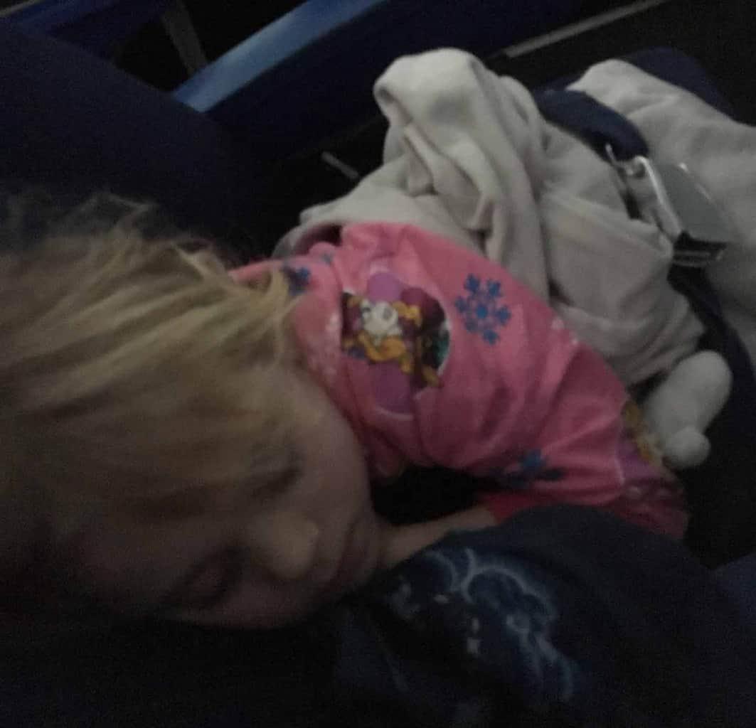 vliegen slapen peuter