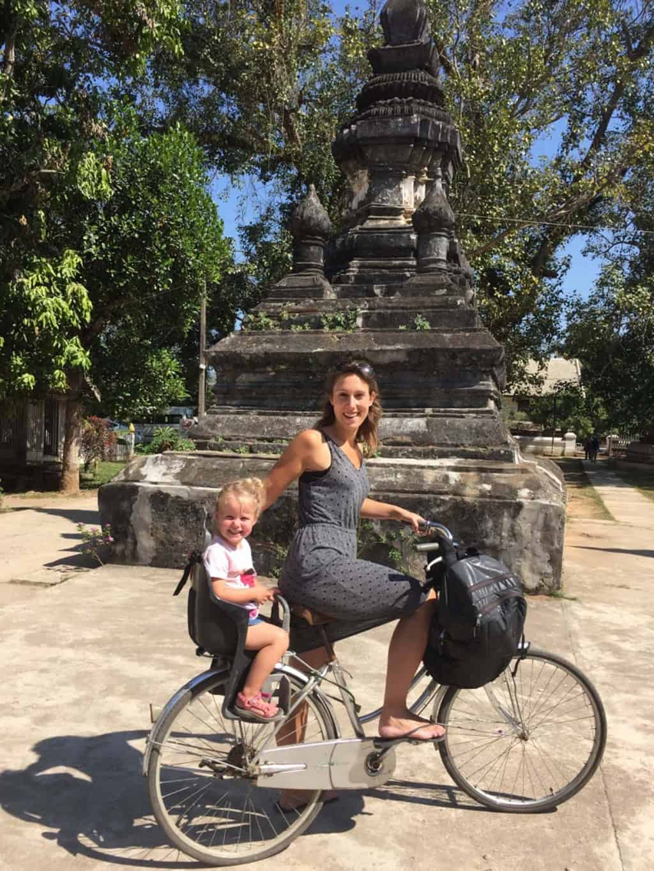 laos met kids