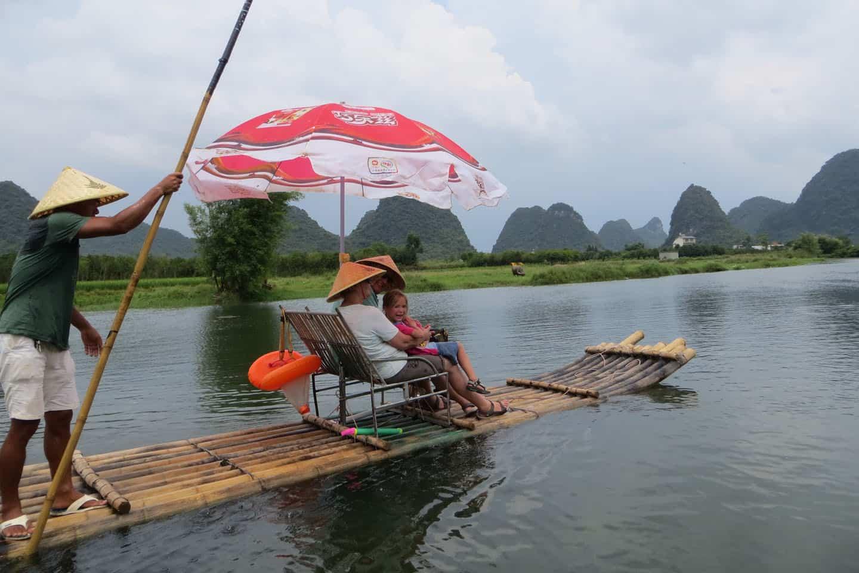 fietsen en vlot varen yangshou