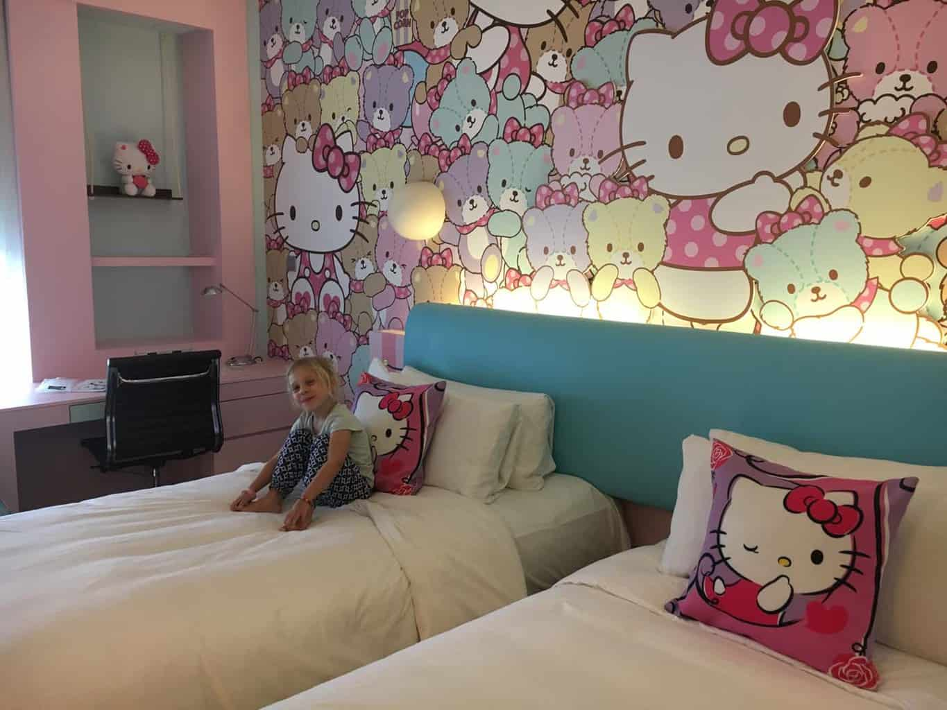 Hotel Jen Puteri Harbour hello kitty room