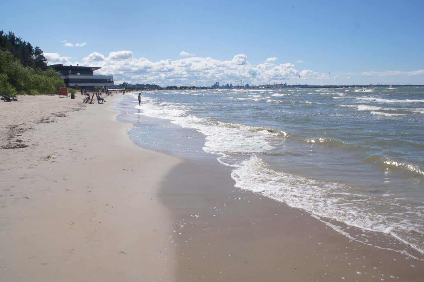 Het strand van Tallinn
