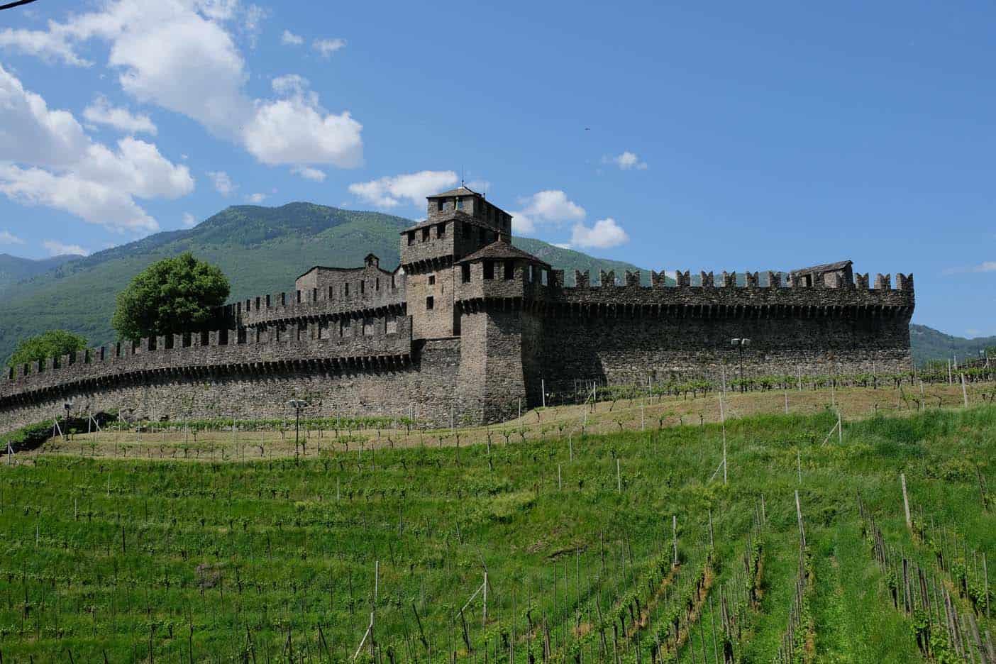 bellinzona montebello speeltuin kasteel