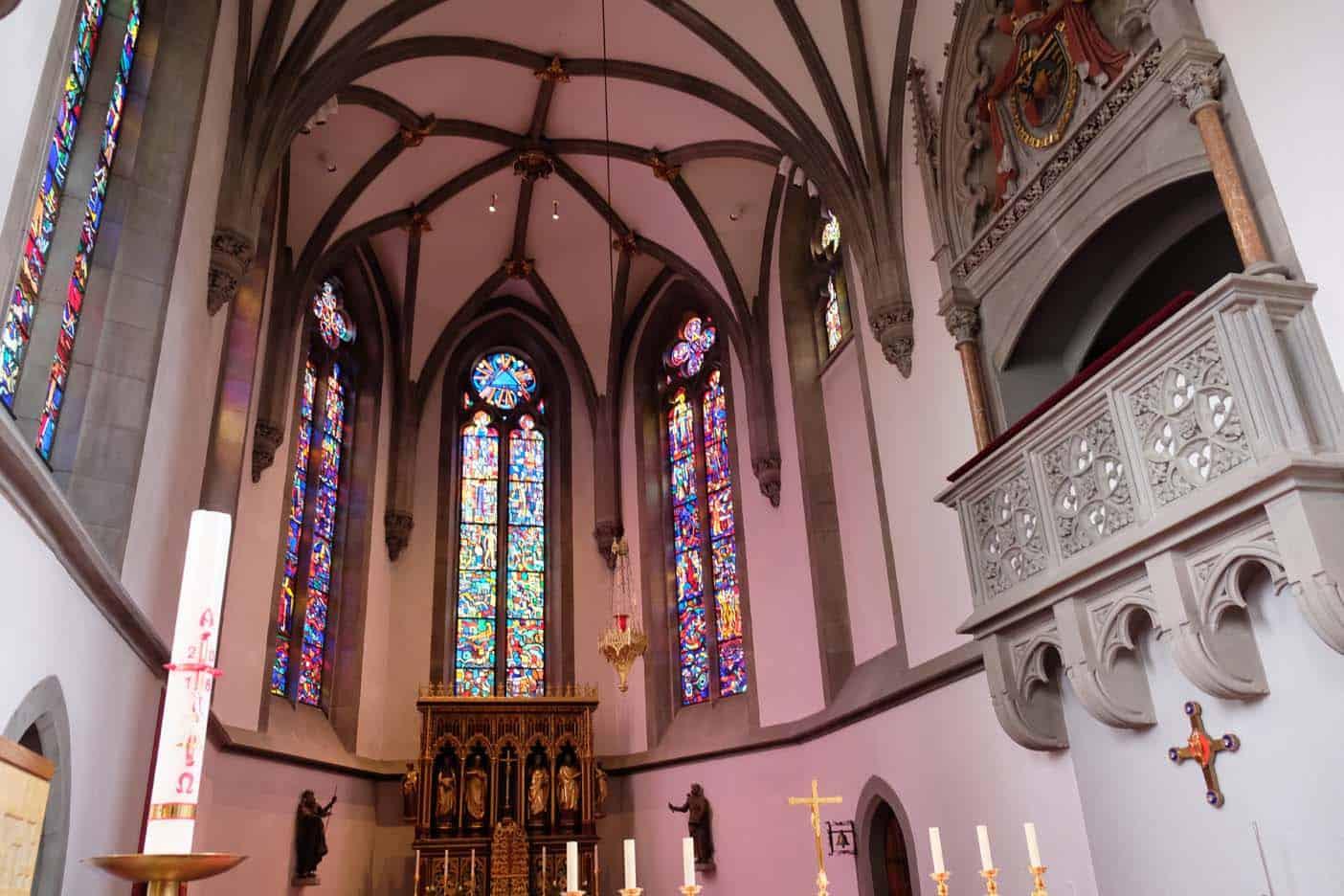 vaduz bezienswaardigheden kathedraal