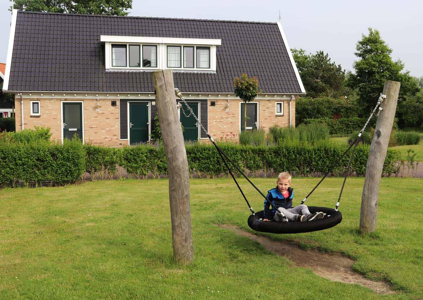 Landal Resort Haamstede speeltuin voor vakantiehuis