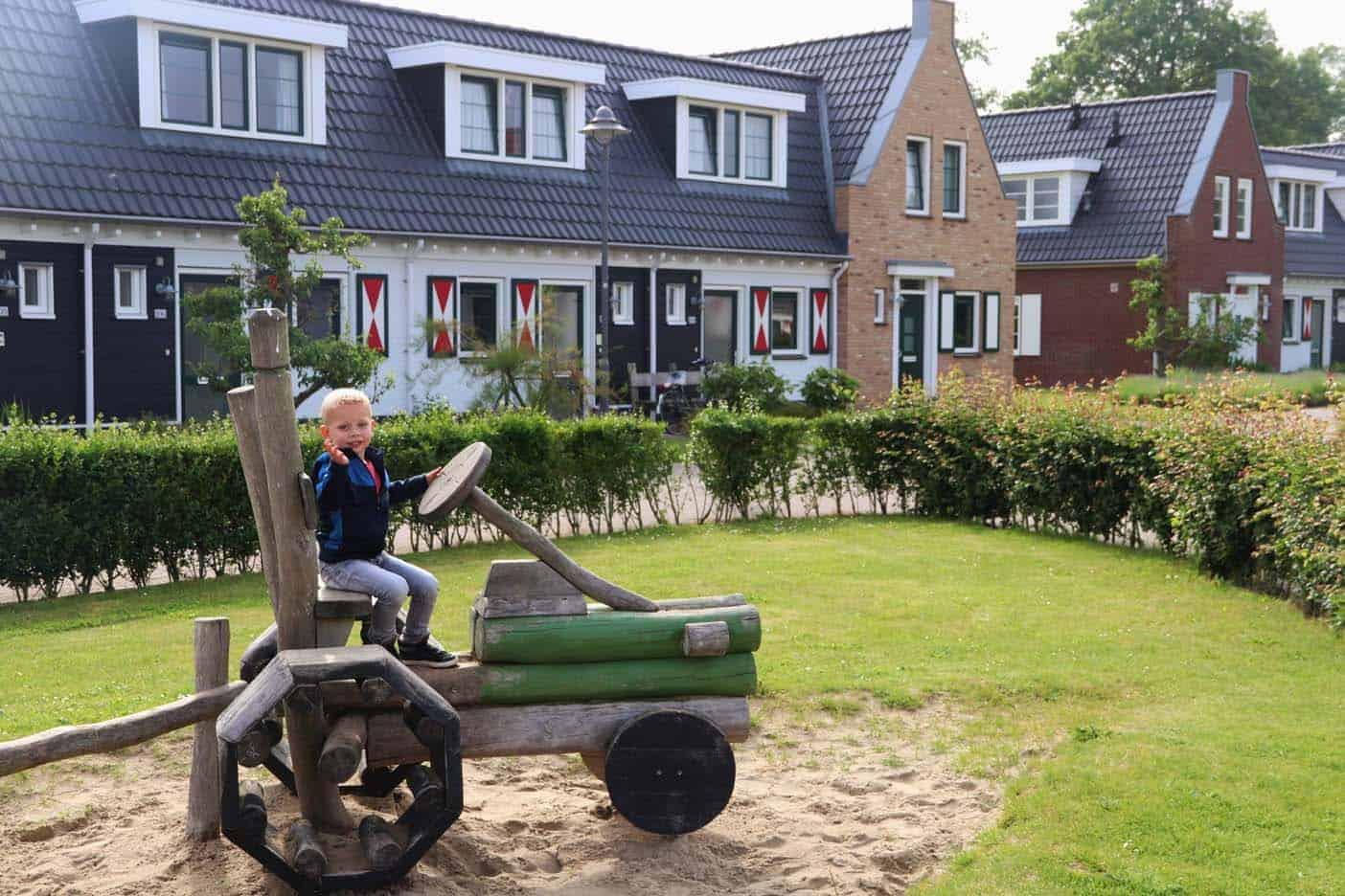 Landal resort haamstede zeeland speeltuin