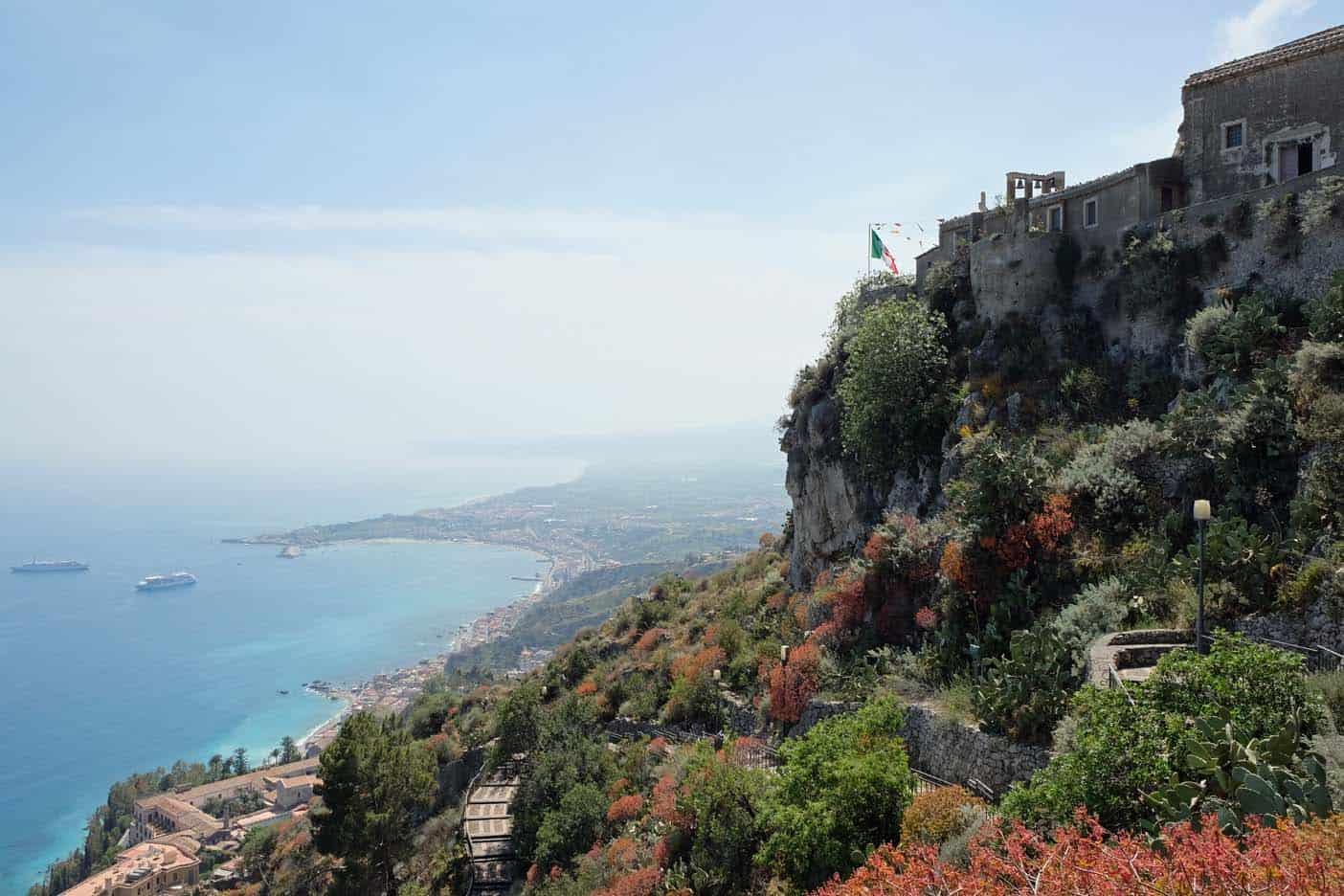 Taormina grot kerk