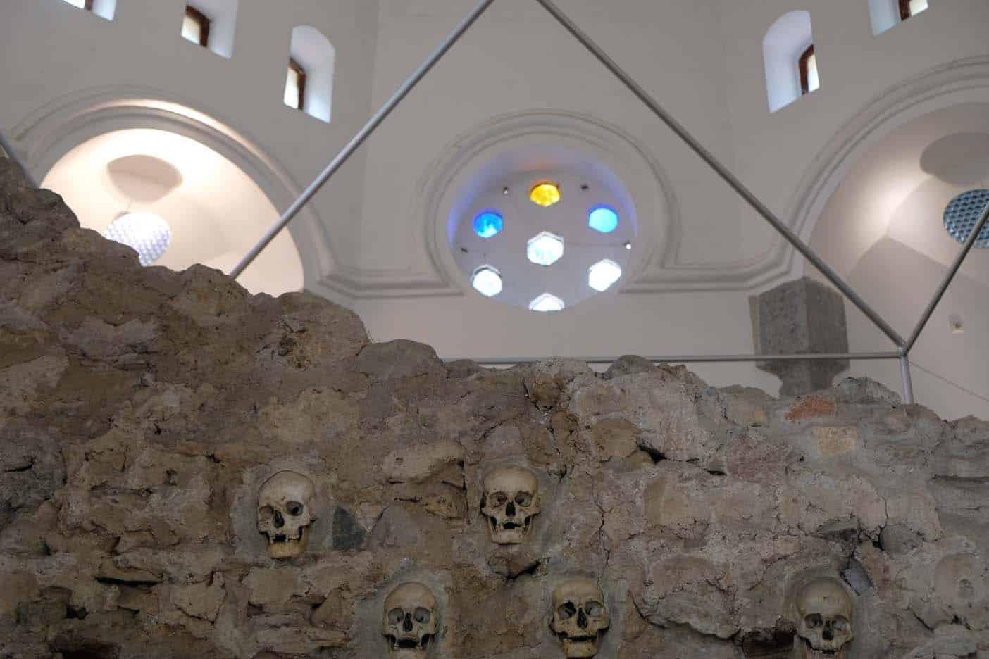 nis servie skulltower