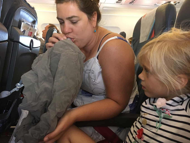 Wick air vliegtuigbedje