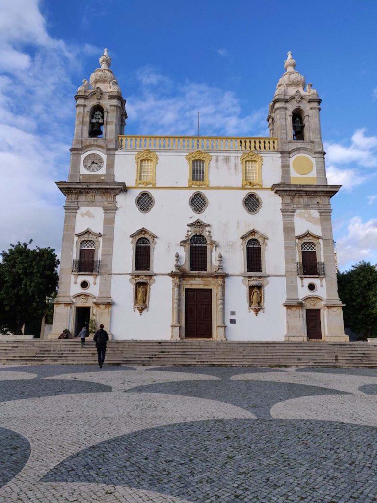 Faro met kinderen - Igreja do Carmo 1