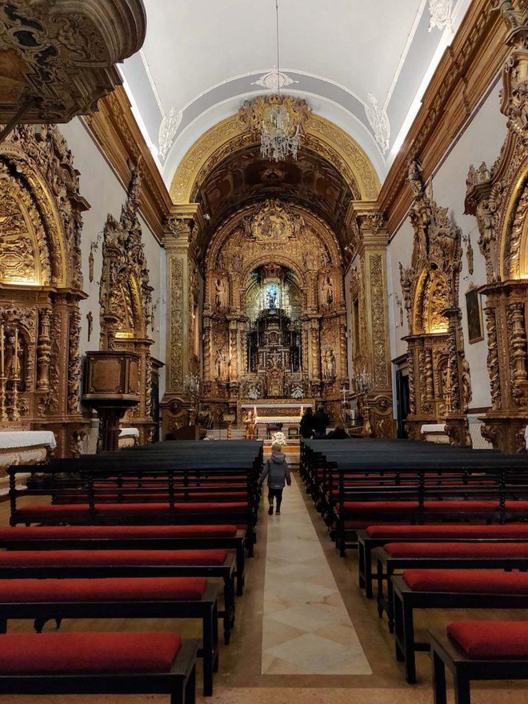 Faro met kinderen - Igreja do Carmo 3