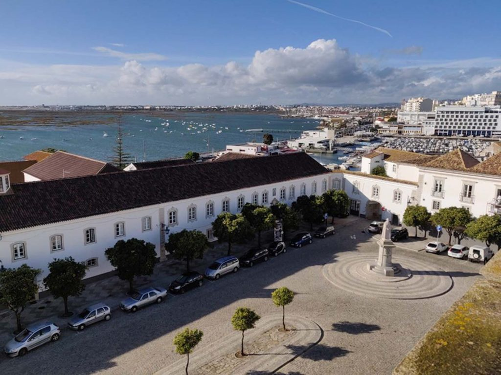 Faro met kinderen - Kathedraal La Sé 6