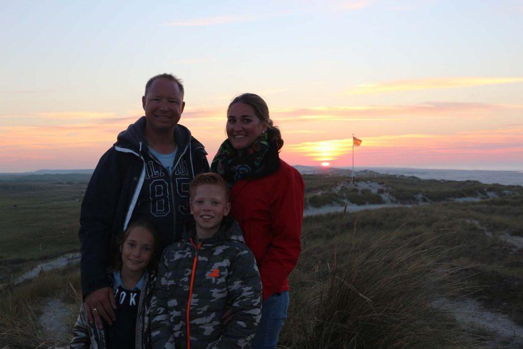 Terschelling_avondwandeling Eilandmeisje gezin