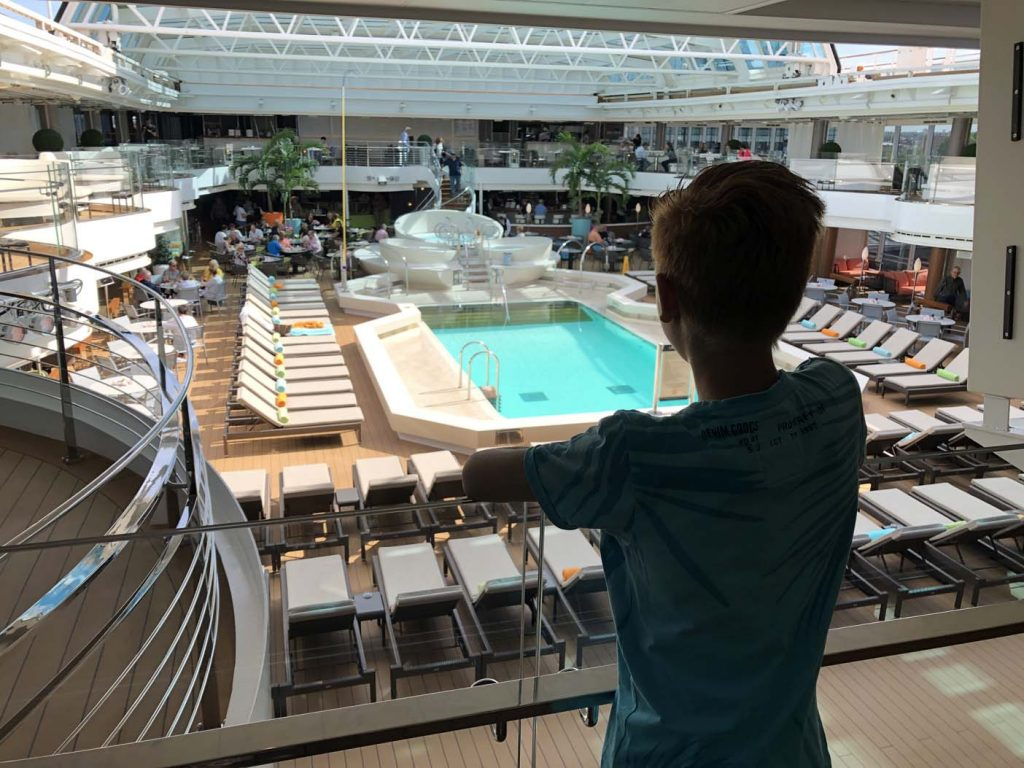 Holland america line zwembad cruise