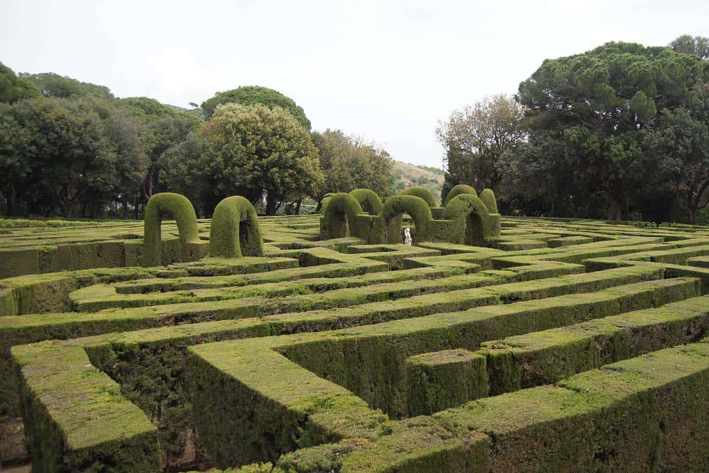 Barcelona met kinderen Park La orta Labyrinth
