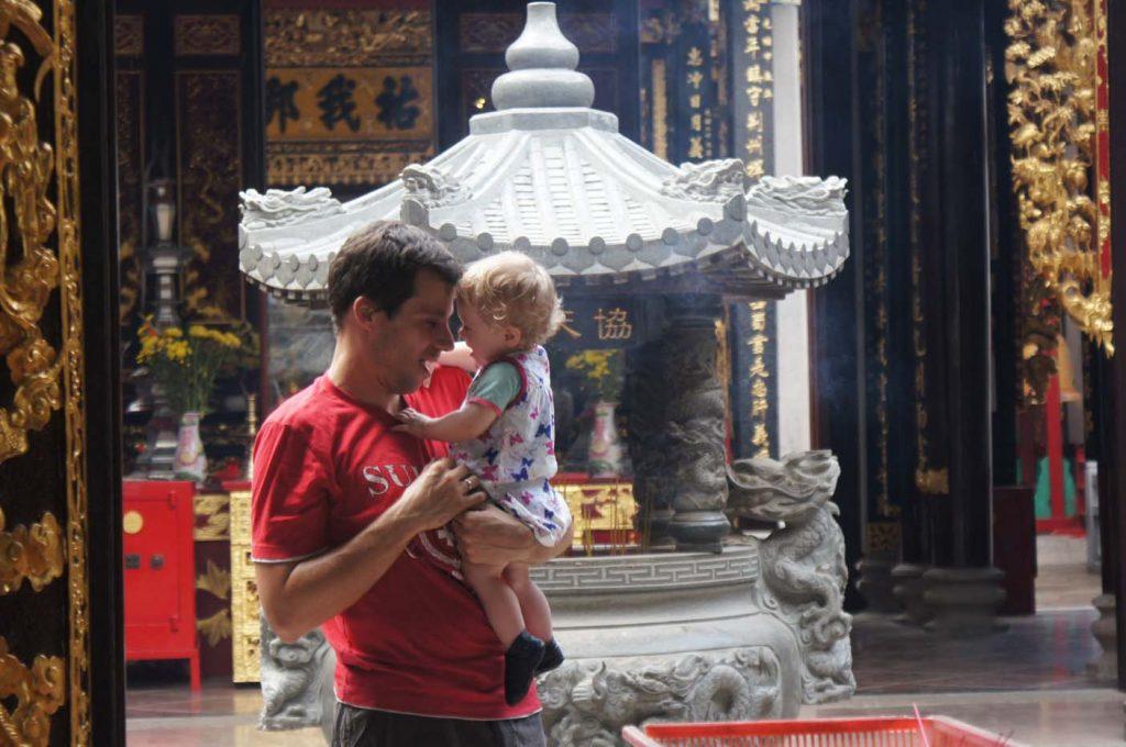 vietnam met baby