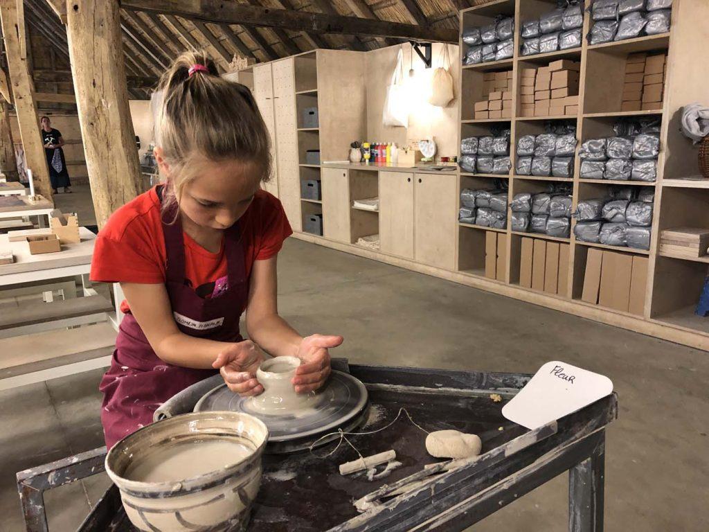 Openluchtmuseum bokrijk pottenbakken