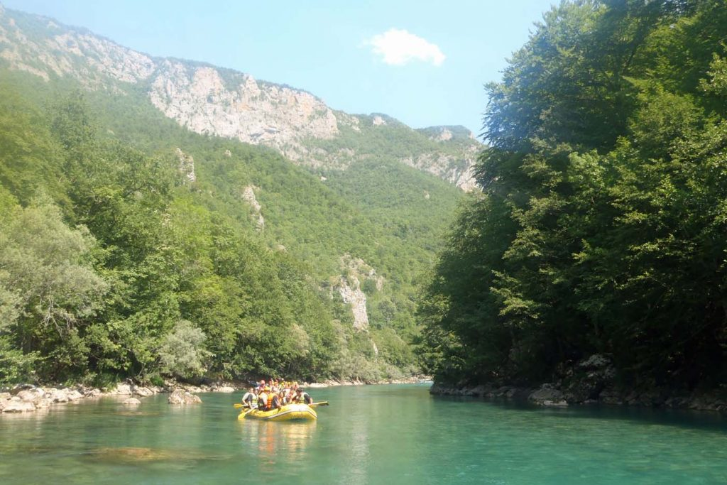 actieve vakantie montenegro raften
