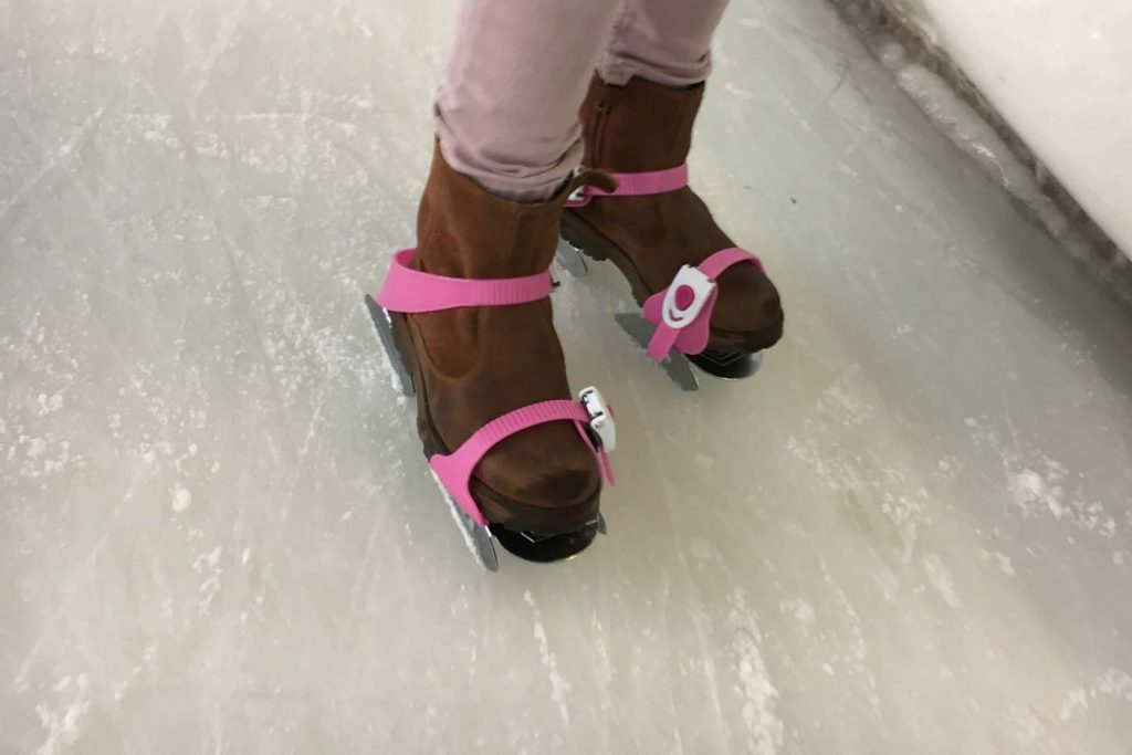 schaatsen met kinderen twee ijzers decathlon