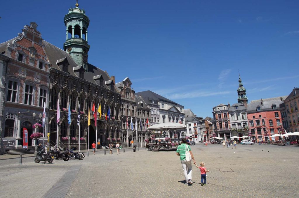 belgie mons marktplein