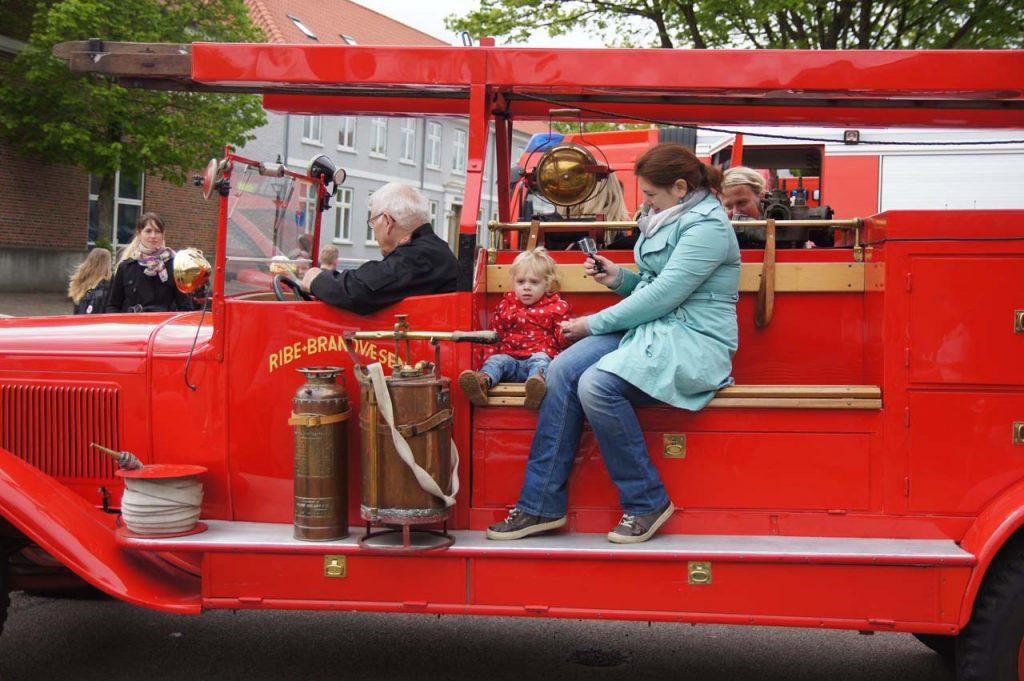 uitje peuter brandweerwagen